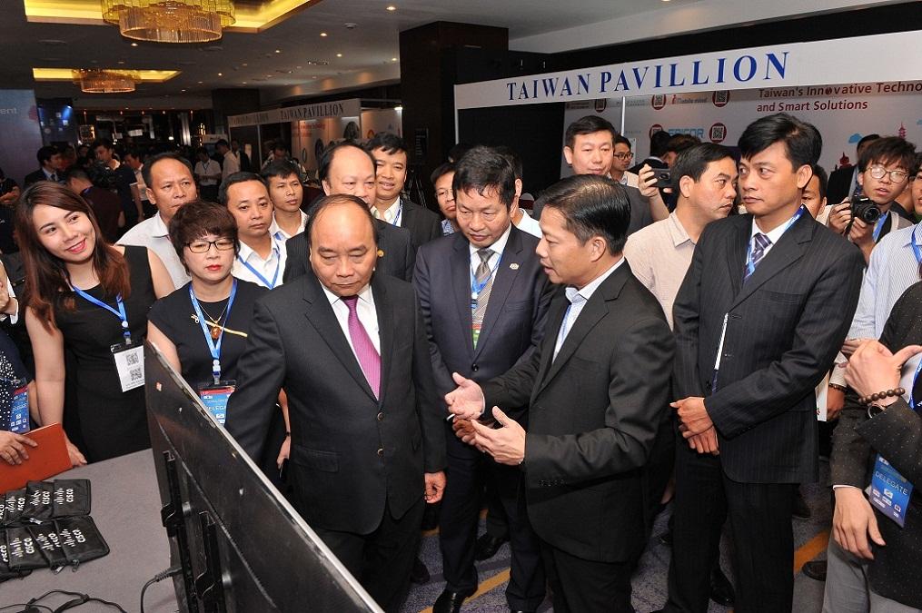 Vietnam ICT Summit 2018